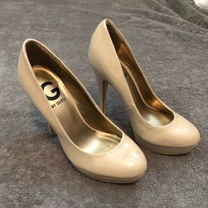 G by Guess Winna Shoes Size 5 1/2 Nude